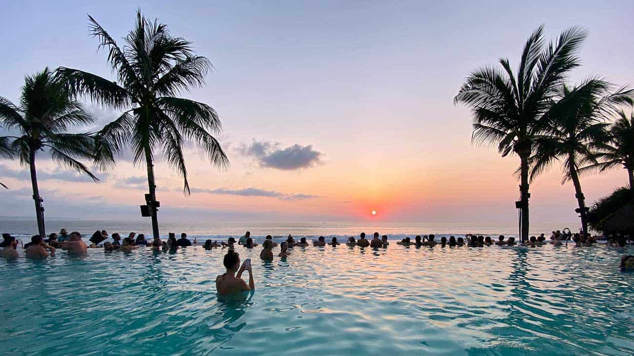 BALI- A Guide to the Paradise That Once Was